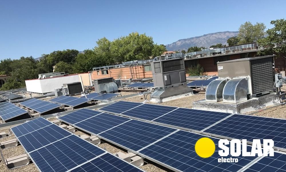 Сонячні панелі на балконі - найкраща інвестиція